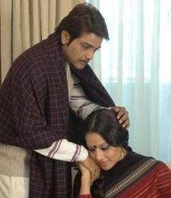 Shob Charitra Kalponik Prosenjit and Bipasha