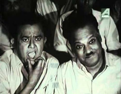 Bhanu Banerjee and Jahar Roy in Bhanu Goenda Jahar Assistant