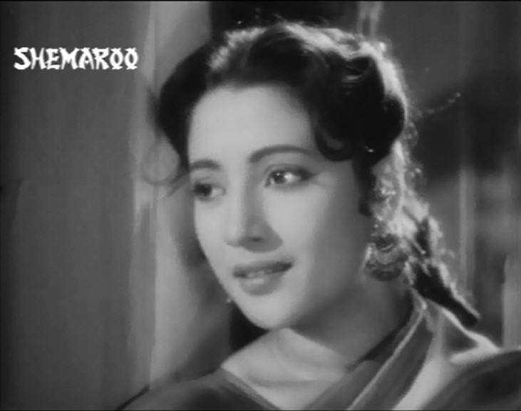 Suchitra Sen in Bambai Ka Babu