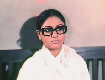 Jaya Bachchan in Kora Kaagaz