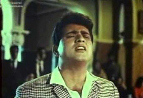Manoj Kumar in Bhari duniya mein aakhir dil ko samajhane kahaan jaayein (Do Badan)