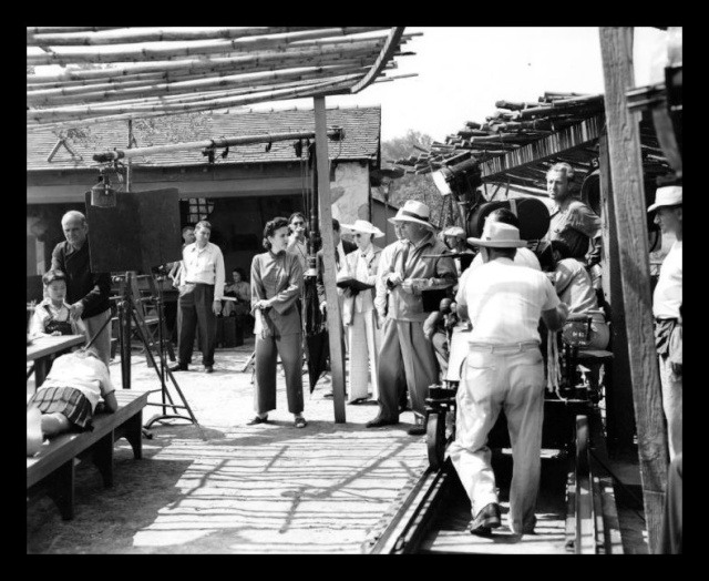 French director Jean Renoir shooting River in Calcutta (Pic Courtesy: Internet)