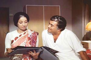 Sanjeev Kumar and Suchitra Senin Aandhi