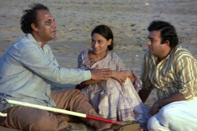 Sanjeev Kumar and Jaya Bhaduri in Koshish