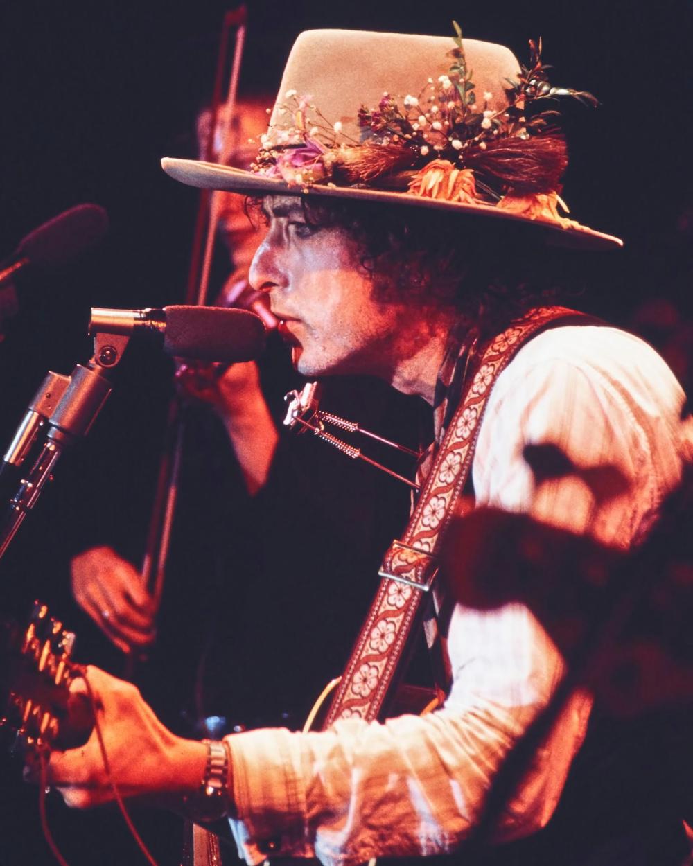 Rolling Thunder Revue Bob Dylan