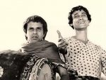 Tapen Chatterjee as Goopy Gyne (R) and Rabi Ghosh as Bagha Byne
