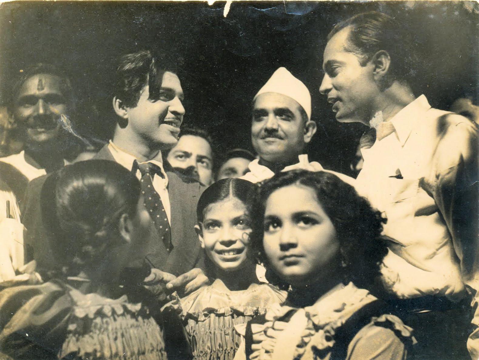 Bimal Roy Ranjan Tabassum Rinki Roy (Baap Beti)