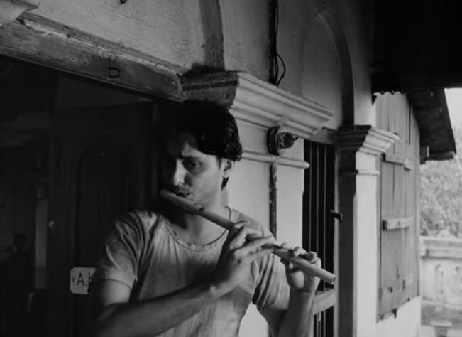 Soumitra Chatterjee in Apur Sansar