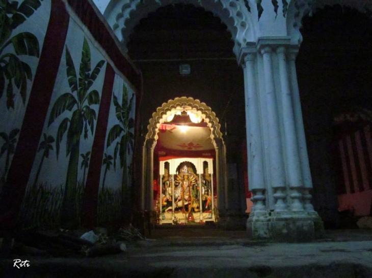 Hatkhola Dutta House Durga Puja