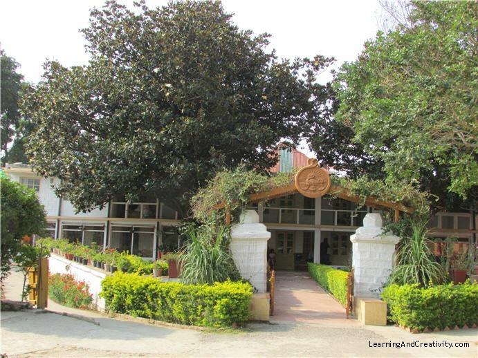Vivekananda Ashram at Shyamlatal