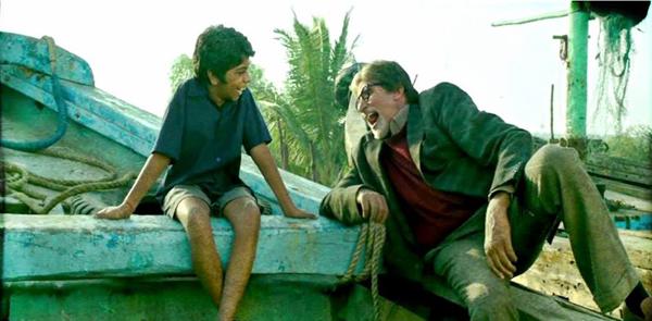 Bhoothnath and Akhrot in Bhoothnath Returns
