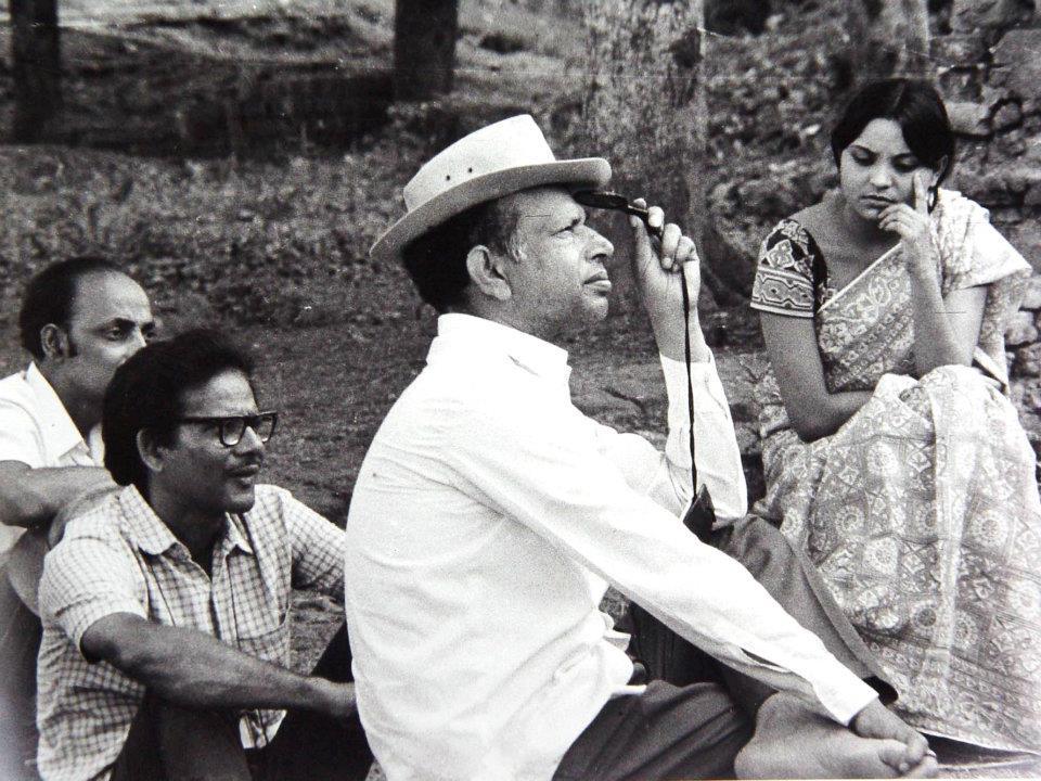 Tapan Sinha & Debika Mukkherjee at the outdoor location of RAJA (1975)