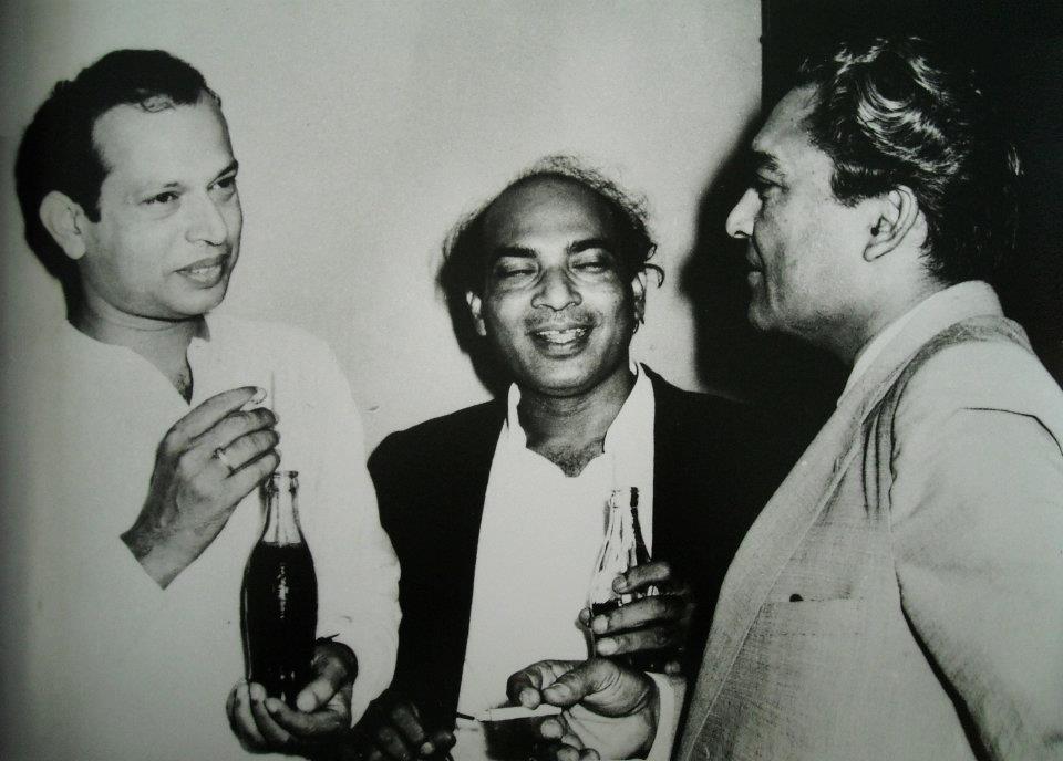Tapan Sinha with Ashok Kumar & Ali Akbar Khan