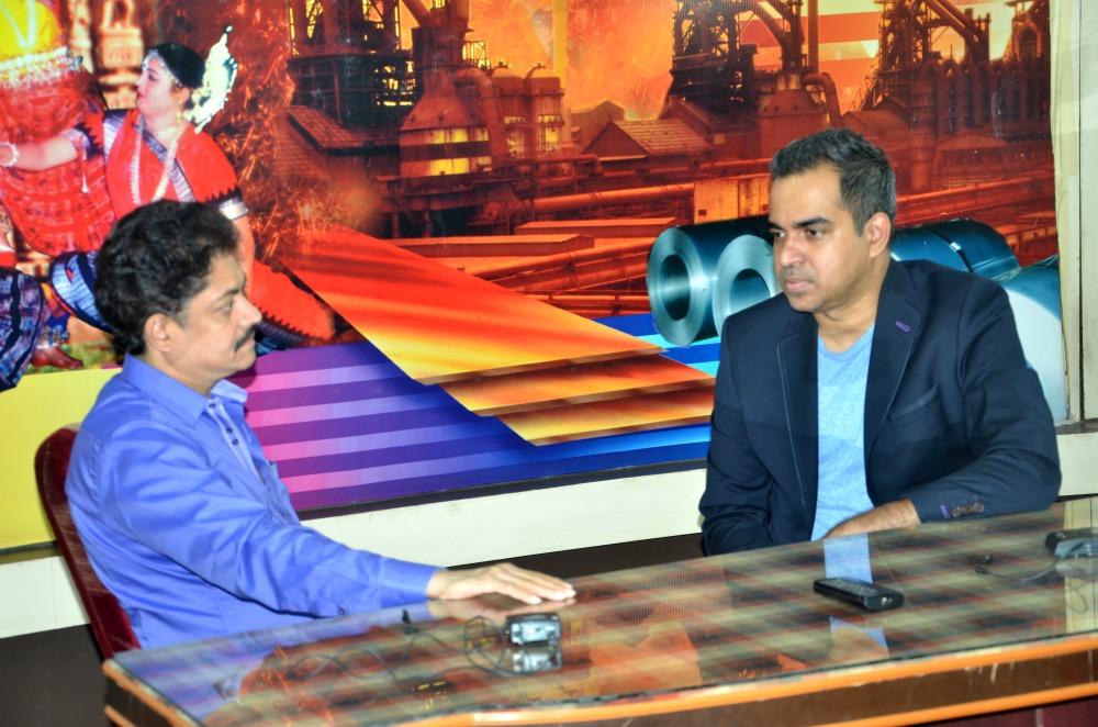 Ramendra Kumar (L) in conversation with Bibhu Mohapatra