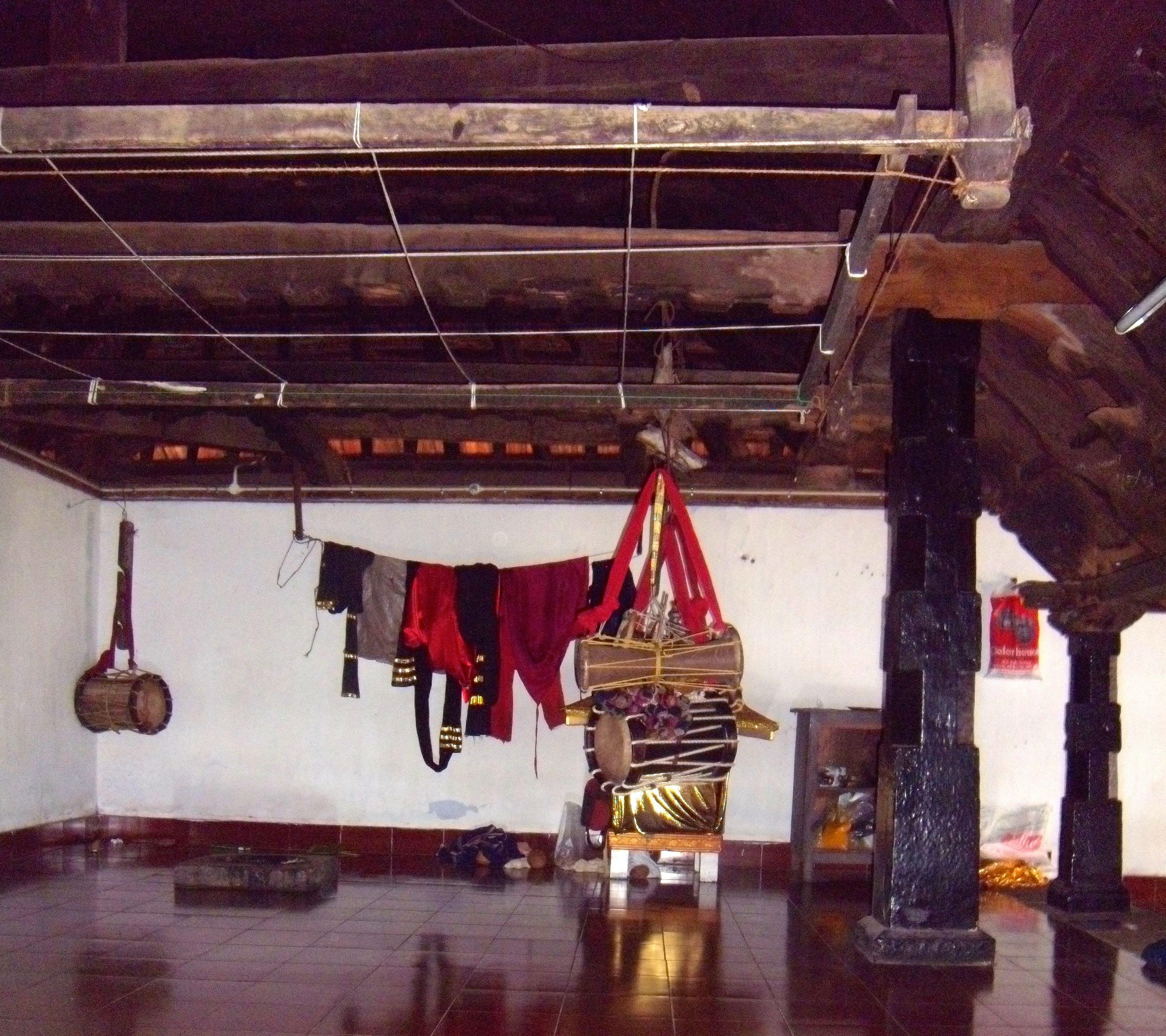 The dress and musical instruments used during Aayyappan Thiyattu