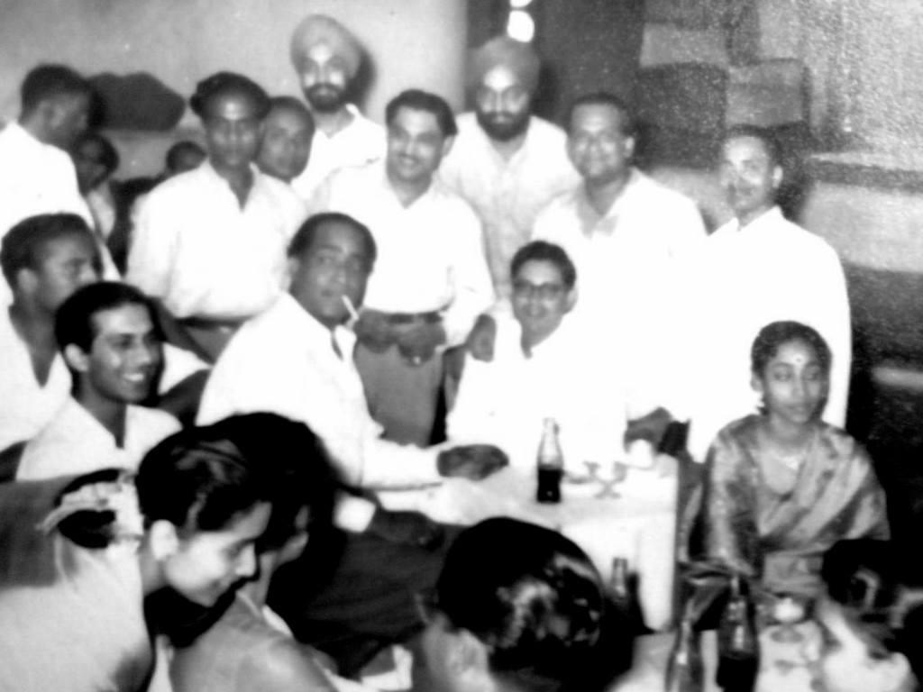Talat Mahmood, KN Singh, Geeta Dutt and Guru Dutt