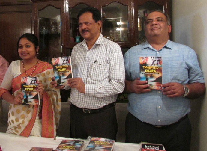 Lopa Banerjee with poet Ramakanta Das and Colonel Shyam Sunder Sharma (famously known as Driftwood Ashore)
