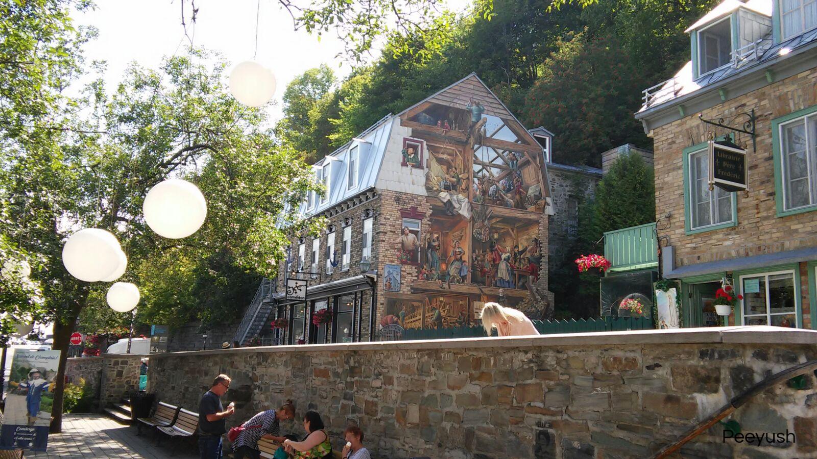 Quebec murals