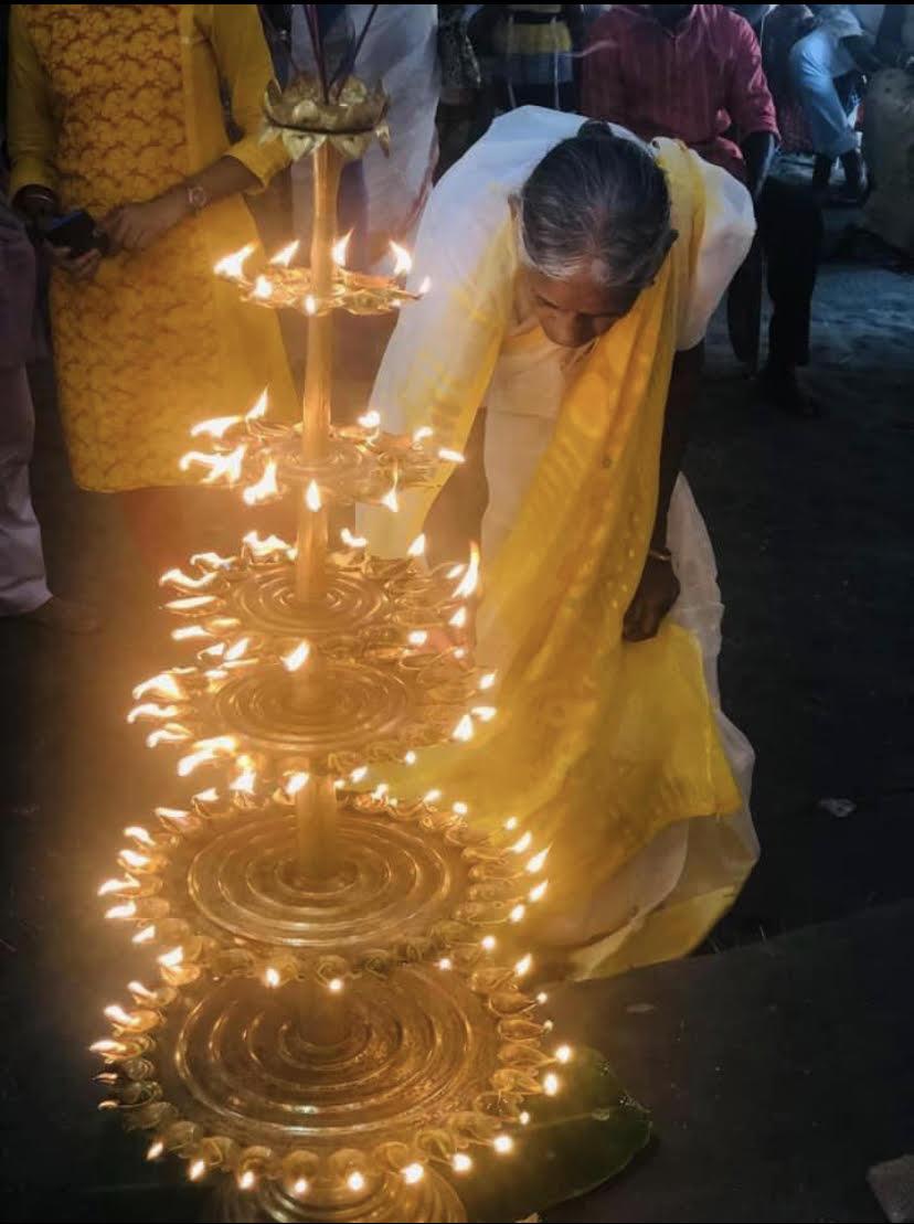 tales of evening lamp piu mahapatra
